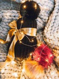Čierna pletená čiapka - darčeková sada