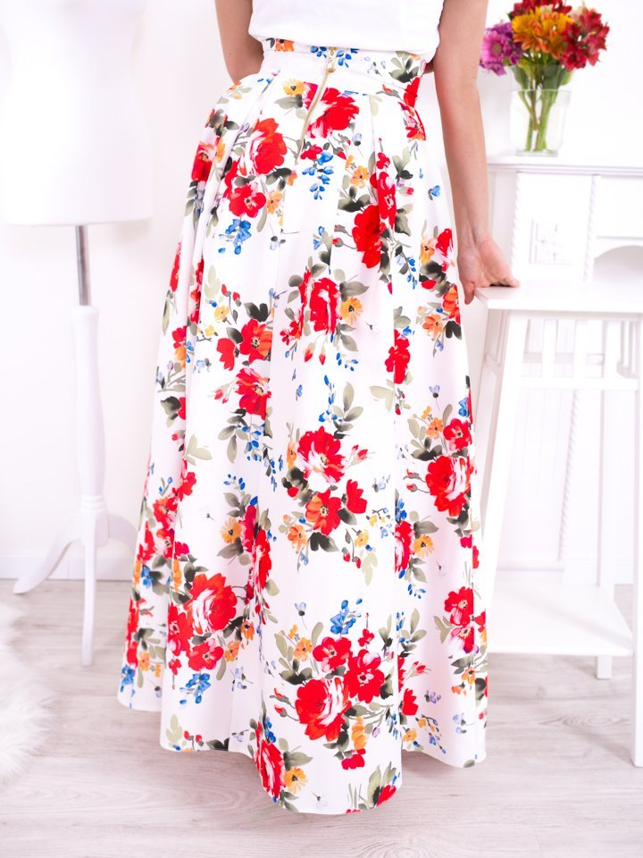 Biela dlhá elegantná sukňa s kvetmi