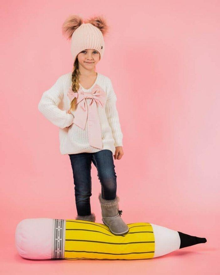 Biely detský pletený sveter s mašľou