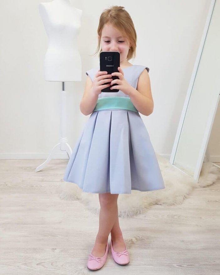 Sivé detské šaty