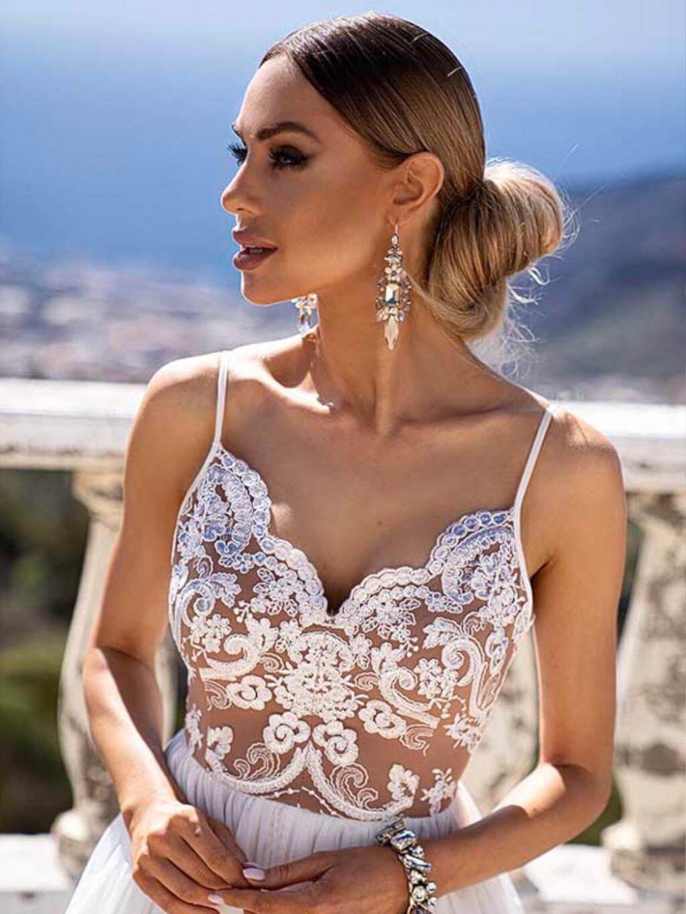 Biele dlhé spoločenské šaty Moli