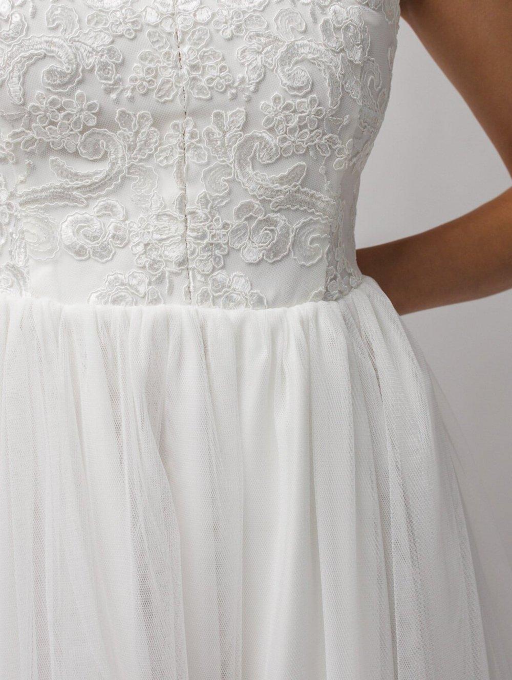 Biele dlhé spoločenské šaty Chiara