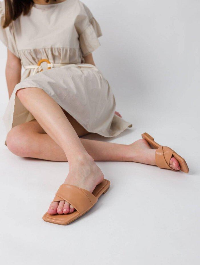 Hnedé šľapky Rissy