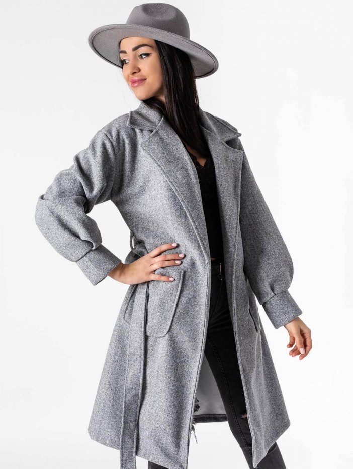 Sivý kabát Litzy