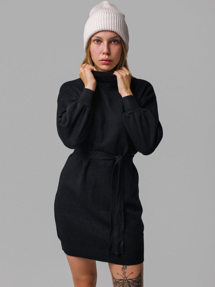 Čierne šaty Helsey